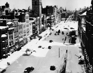 1940: During one of the worst blizzards in New England history, the heart of Boston's shopping district is shut down. (AP Photo/Abe Fox)