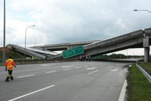 The collapsed flyover near Cyberjaya. (The Star)