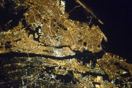 A night image of the greater New York City metropolitan area is seen in a NASA handout photo taken by a crew member onboard the Expedition 35 March 23, 2013. For orientation purposes, note that Manhattan runs horizontal through the frame from left to the midpoint and Central Park is just a little to the left of frame center. REUTERS/NASA/Handout (UNITED STATES - Tags: SCIENCE TECHNOLOGY) THIS IMAGE HAS BEEN SUPPLIED BY A THIRD PARTY. IT IS DISTRIBUTED, EXACTLY AS RECEIVED BY REUTERS, AS A SERVICE TO CLIENTS. FOR EDITORIAL USE ONLY. NOT FOR SALE FOR MARKETING OR ADVERTISING CAMPAIGNS