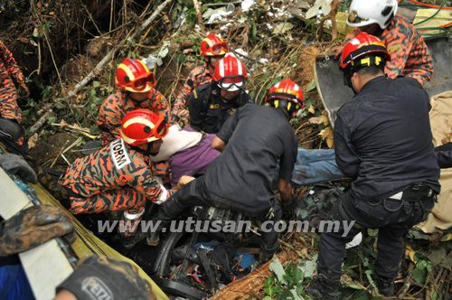 Genting bus tragedy. Photo by Utusan.