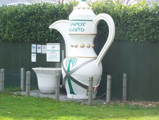 The Teapot Island in Maidstone, Kent, was created because the owner, Sue Blazye, found her ever-growing teapot collection outgrew her own home. The collection of nearly 7,000 teapots was of world record proportions in 2004, but it eventually lost its title in 2011 to man in China who apparently has 30,000 vessels. But, unlike Sue, the man from China doesn't provide cream teas if you visit.. (David Anstiss/ Wikimedia)