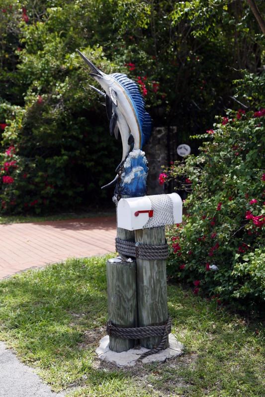 A mailbox decorated with a model fish is seen along the highway US-1 in the Lower Keys near Key Largo in Florida, July 10, 2014. (REUTERS/Wolfgang Rattay)