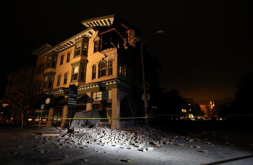 A building is seen destroyed following a reported 6.0 earthquake on August 24, 2014 in Napa, California.(Photo by Justin Sullivan/Getty Images)