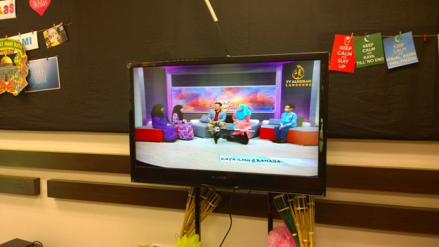 Live on-air on TV AlHijrah's Assalamualaikum, August 8, 2015.